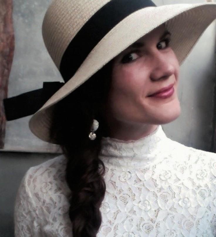 Evie Dunmore